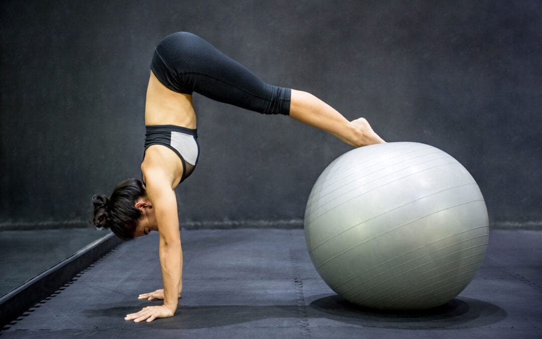4 of the Best Exercise Balls Reviewed in 2020